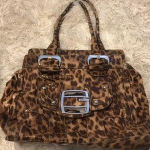 Handbags - Leopard Guess tote